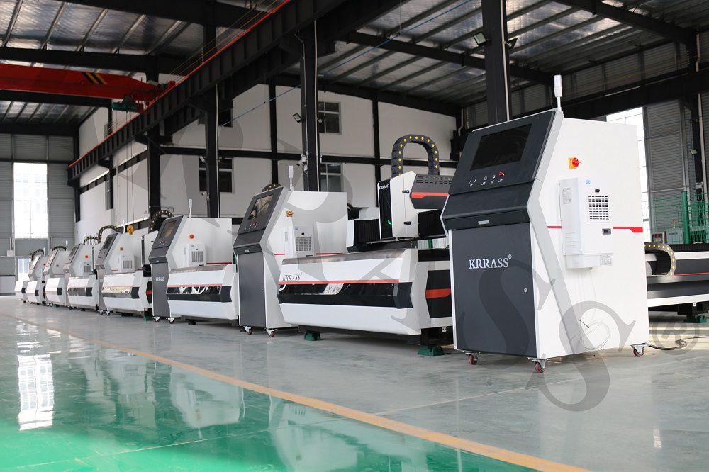 2000W IPG Laser Cutting Machine